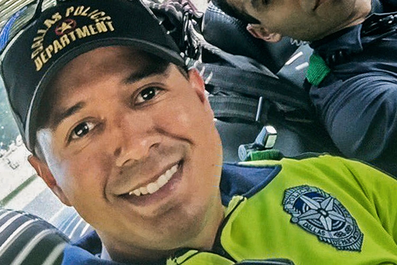 DREPT: Småbarnsfaren Patrick Zamarripa var blant politifolkene som ble drept i angrepet i Dallas som begynte torsdag kveld lokal tid.