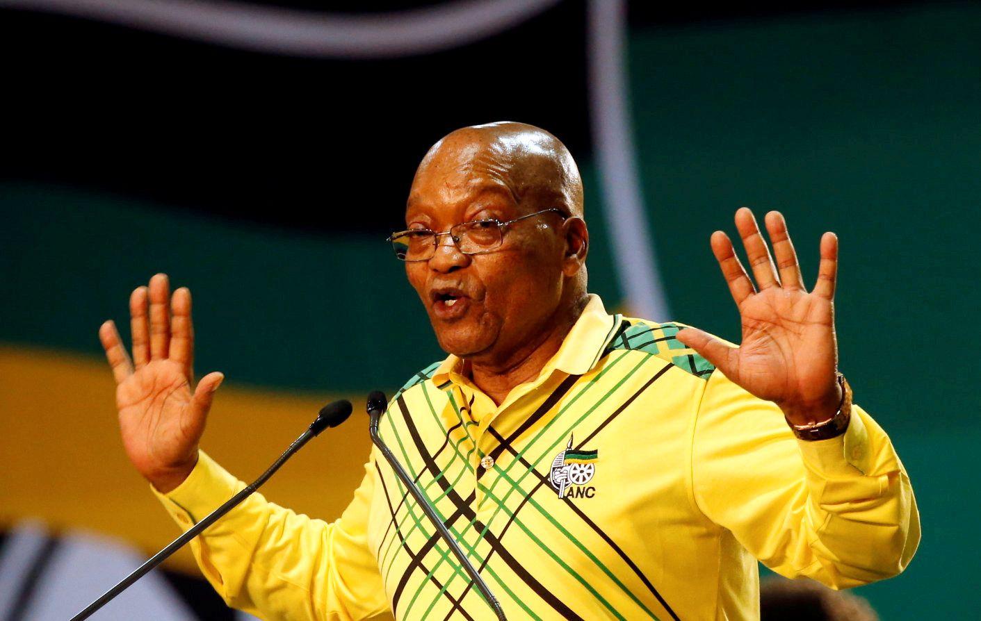 MOT SLUTTEN: President Jacob Zumas dager som president kan være over torsdag. Her er han under ANCs landsmøte i Johannesburg i desember.
