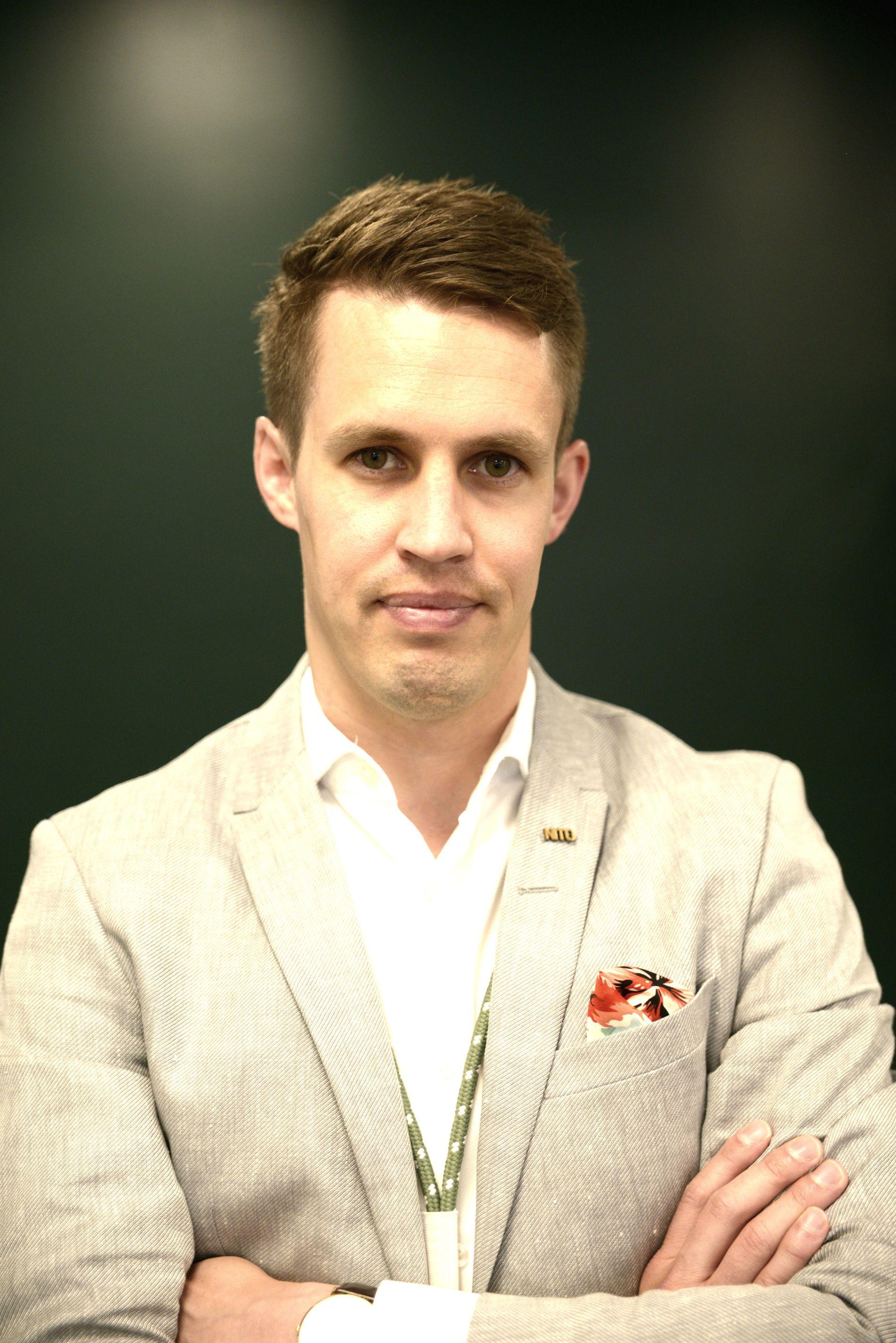 Leder av fagforeningen NITOs studentorganisasjon, Tobias Lynghaug, mener kvalitet bør være hovedfokuset hos universitetene og høyskolene.