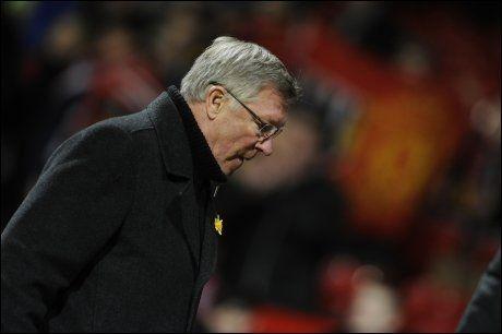 LANGT NEDE: Sir Alex Ferguson var skuffet etter 3-2-tapet hjemme mot Athletic Bilbao torsdag. Foto: Reuters