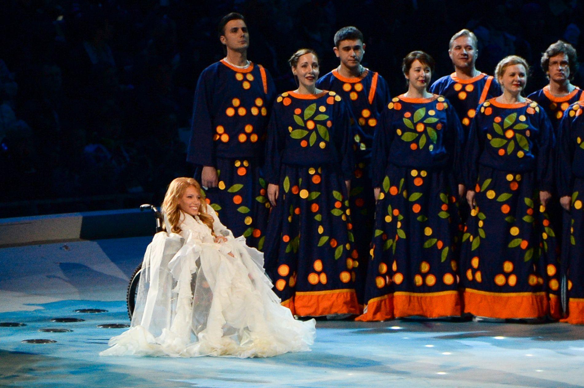 UTESTENGT: I dette bildet fra 2014 synger Julija Samojlova under åpningen av Paralympics.