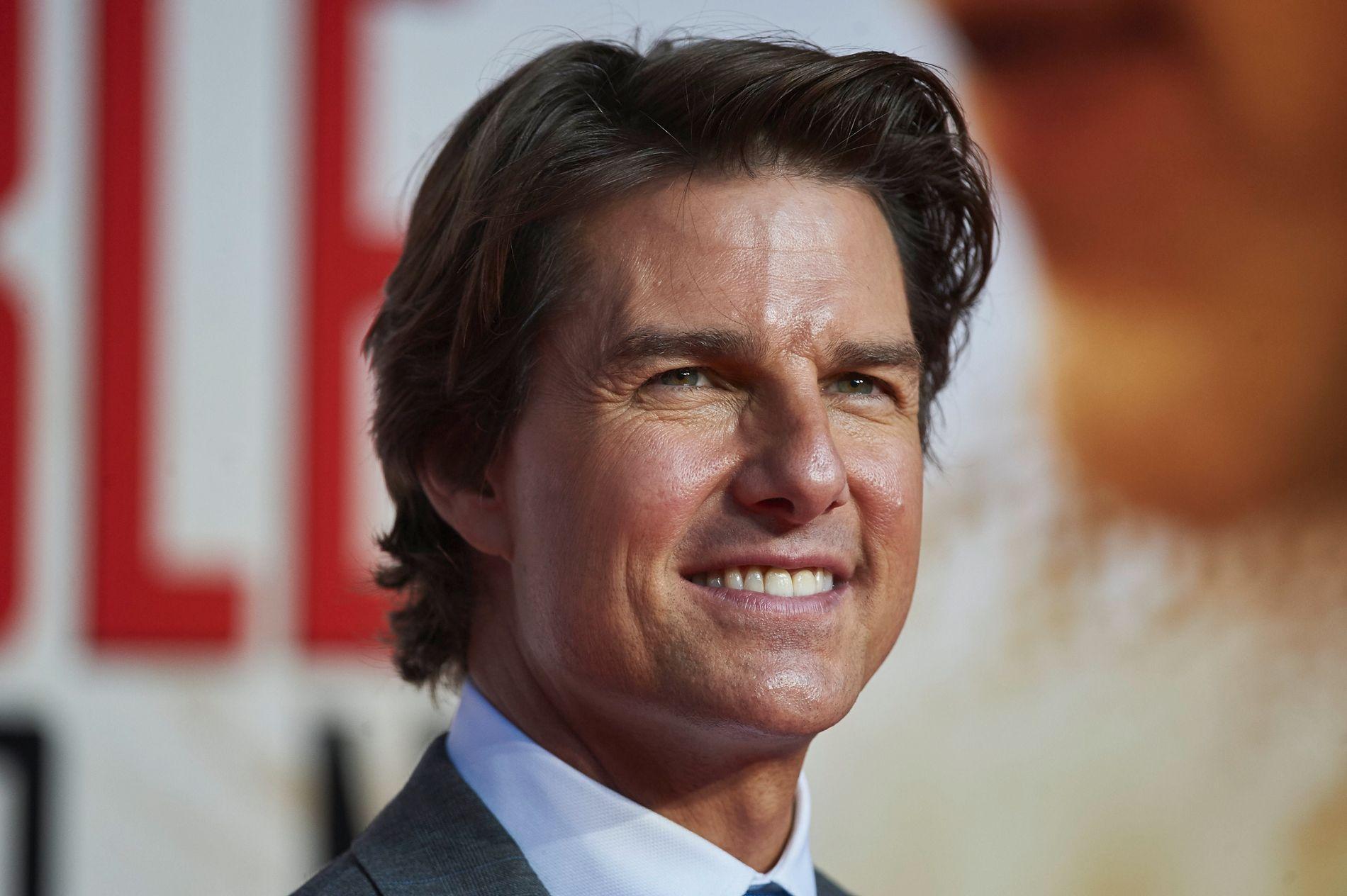 SKAPER OVERSKRIFTER: Tom Cruise beskyttes godt fra publikum og media på sin norgesreise.