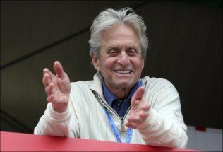KREFTFRI: Michael Douglas fikk diagnosen i 2010, men har vært kreftfri siden januar 2011. Foto: AP