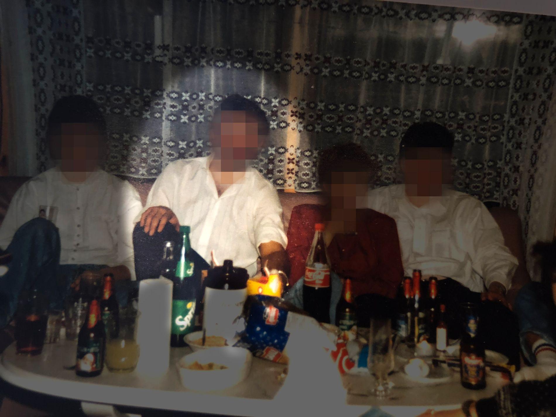 FESTER OG PORNO: Flere personer fra Tjeldsund som VG har snakket med, forteller at mannen arrangerte fester hvor det var barn til stede. Han skal også ha vist barn pornofilmer.