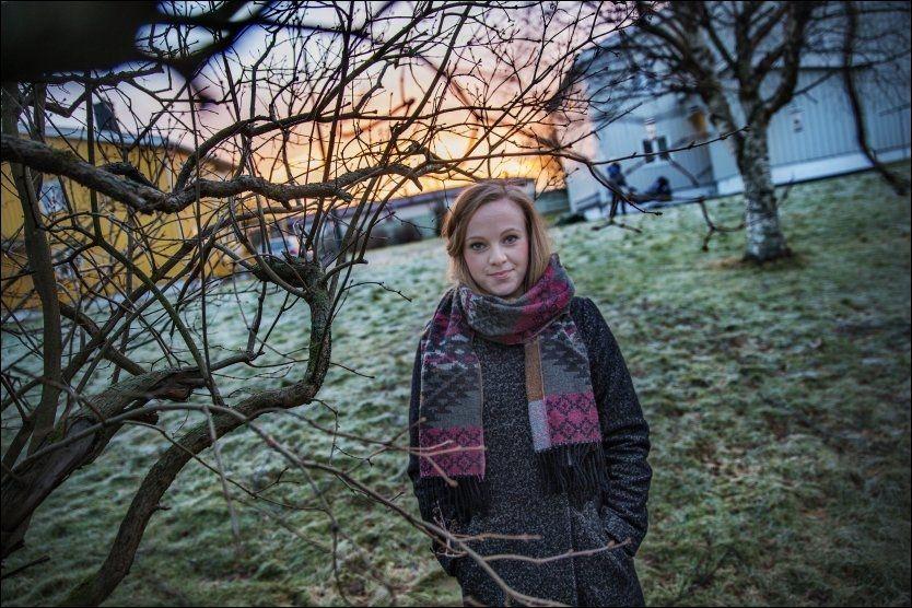 VILLE HJELPE ANDRE: Elisabeth Geisnes Langland tror hennes far ville vært stolt av beslutningen hun tok om å donere bort hans organer. Foto: ØYVIND NORDAHL NÆSS