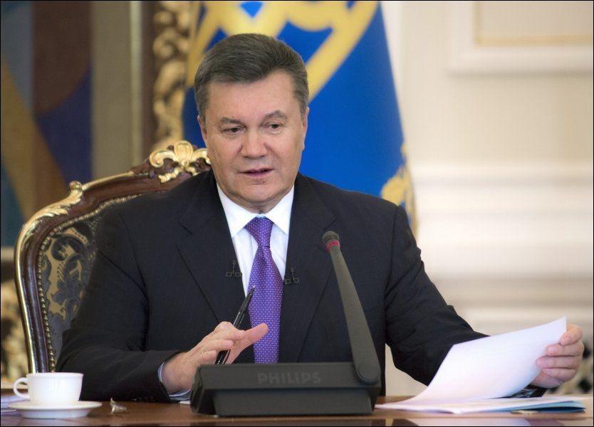 PÅ FLUKT:Viktor Janukovitsj skal for tiden være i Moskva. Torsdag gikk han ut og sa at han fortsatt betraktet seg selv som Ukrainas president. Foto: AFP/ NTB Scanpix