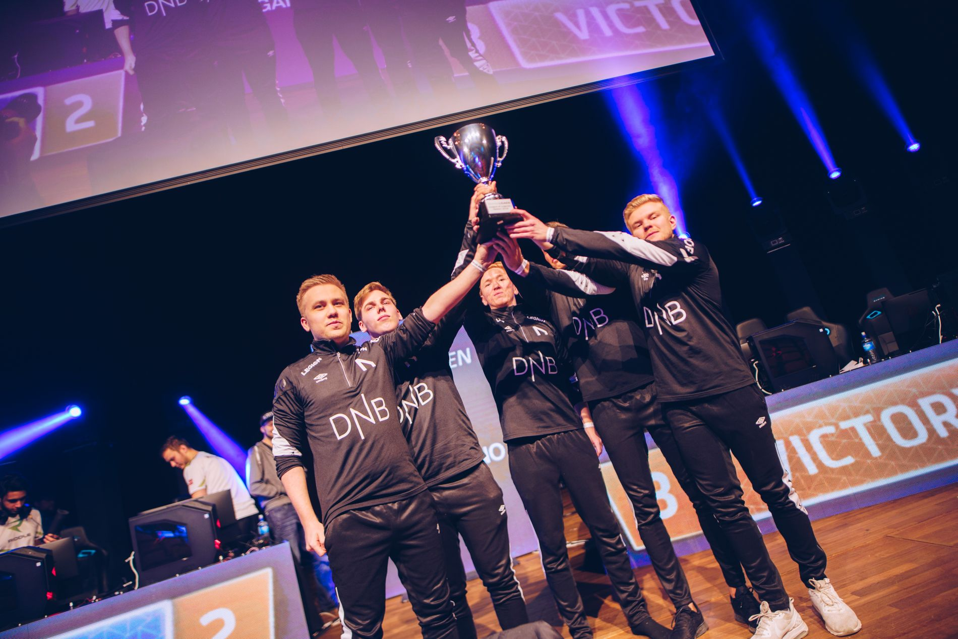 TO PÅ RAD: Nordavind dominerte fjoråret med seier i begge sesongfinalene.