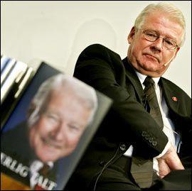 TRIST: Carl I. Hagen ønsker at eldre også skal delta i politikken. Foto: Scanpix