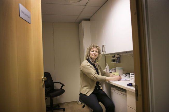 HIT SENDES BLODET DITT: Når du har tatt en matintoleranse-test hos en BioTek-behandler i Norge sendes blodet ditt først til BioTek i Norge, som fungerer som et mellomledd. De bare sender prøvene dine videre til US BioTek i USA - der prøvene dine analyseres. Her er BioTek Norges lokaler, med fagsjef i EU Biotek, Linda Rahbek.
