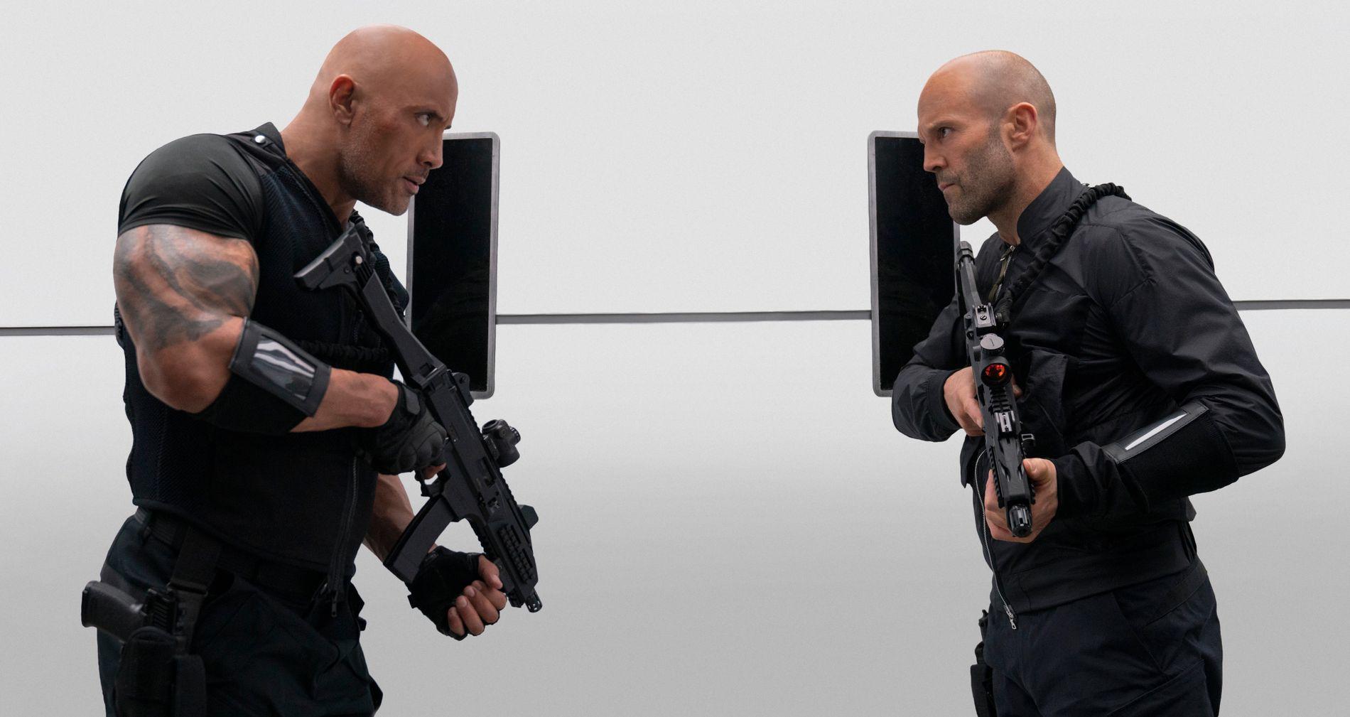 NÅ ER KRANGELEN GÅTT FOR LANGT: Dwayne Johnson (til venstre) og Jason Statham i «Fast & Furious: Hobbs & Shaw».