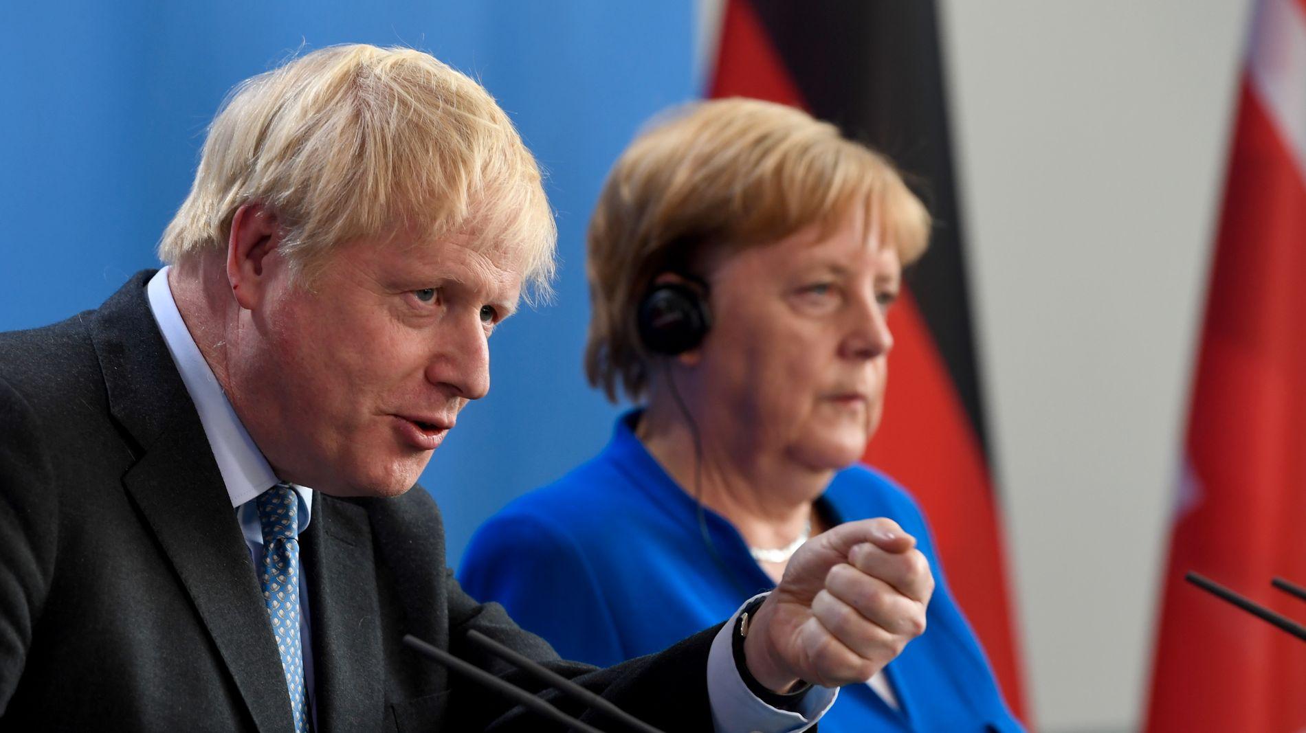INGEN LØSNING: Møtene mellom Boris Johnson og Tysklands forbundskansler Angela Merkel denne uken har ikke gitt noen konkrete løsninger. Merkel gir nå britene 30 dager på å diske opp med en løsning.