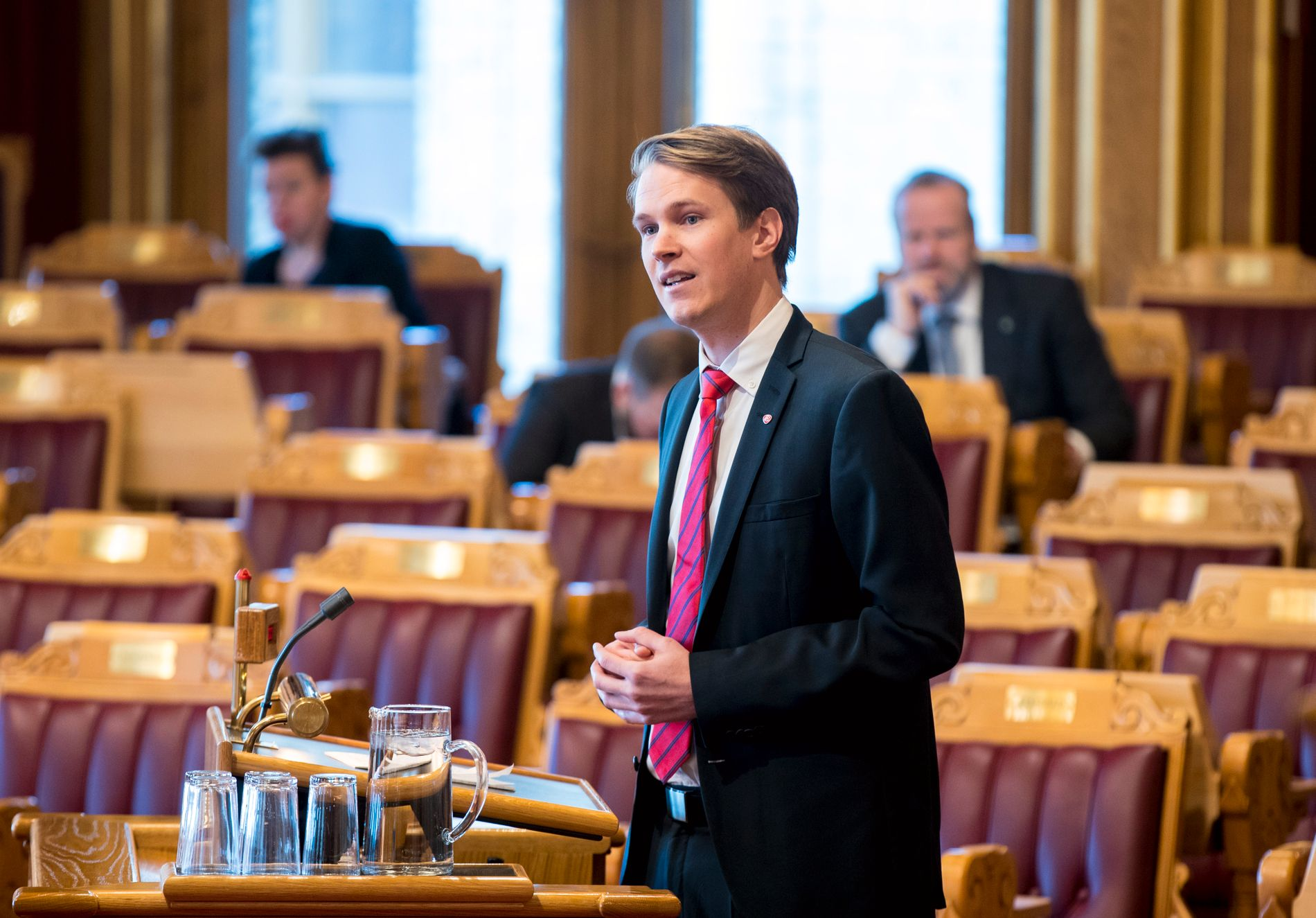 – SATS PÅ FOREBYGGING: Ap-politiker Torstein Tvedt Solberg mener regjeringen bør fokusere på hvordan mobbing kan forebygges.