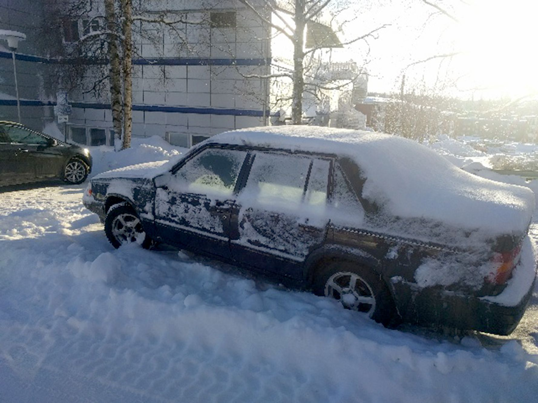 OMKOM HER: Lasse ble funnet død i bilen sin etter å ha satt seg fast i snøen.