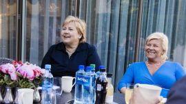 Statsminister Erna Solberg og finansminister Siv Jensen .