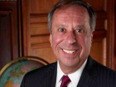 PROFESSOR: Gary Nordlinger er professor i politikk.