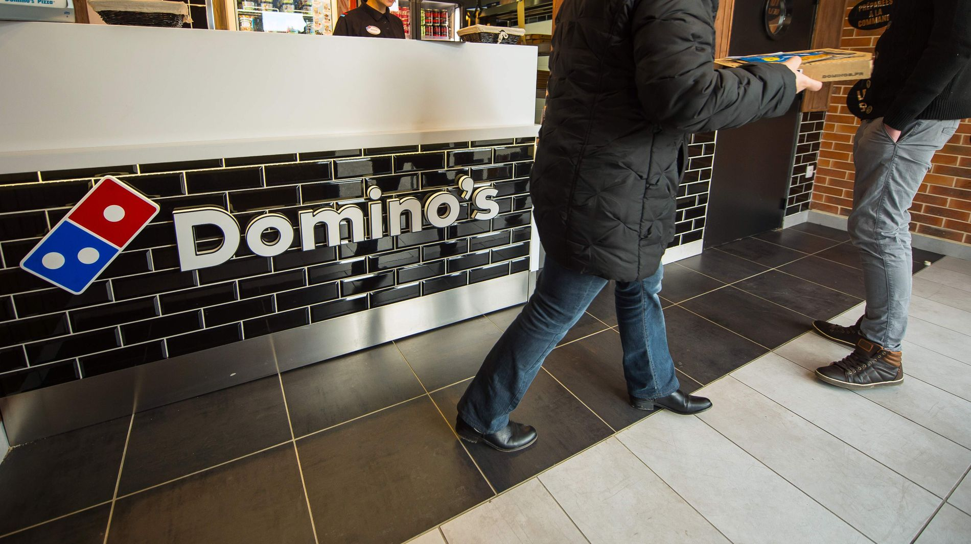 PIZZAKJEMPE: Domino's eier til sammen 57 restauranter i Norge, hvor av ti av dem er Dolly Dimples-utsalgssteder. Til sammen den London-baserte delen av Domino's 1.272 restauranter i Europa.