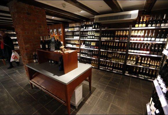 Polet ønsker å overta alkoholsalg på flyplassene