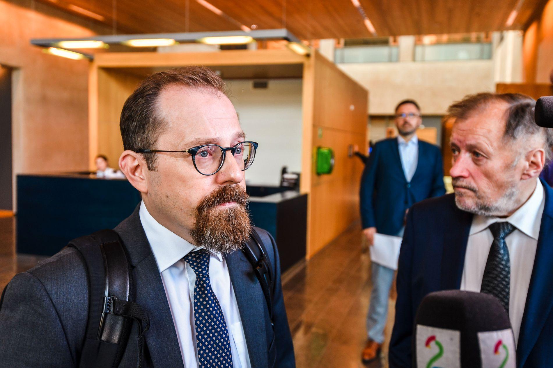 AKTOR: Statsadvokat Tor Børge Nordmo før retten ble satt tirsdag morgen.