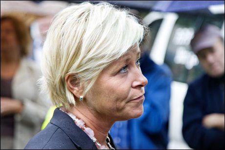IKKE NÅ: Frp-leder Siv Jensen vil ikke ha aktiv dødshjelp med det første. Foto: EIVIND GRIFFITH BRÆNDE
