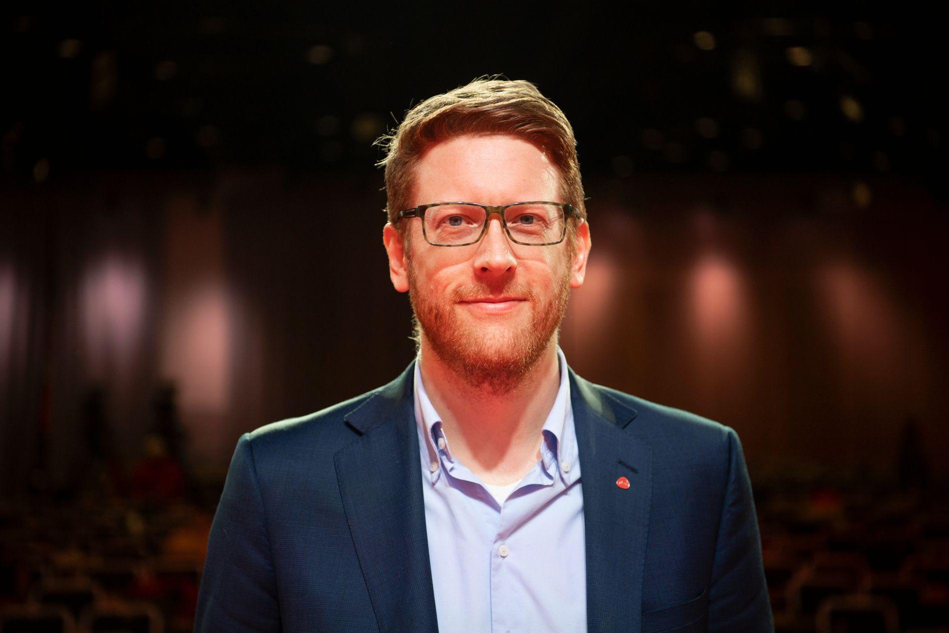 DELVIS FORNØYD: Arbeiderpartiets skolepolitiske talsperson Martin Henriksen
