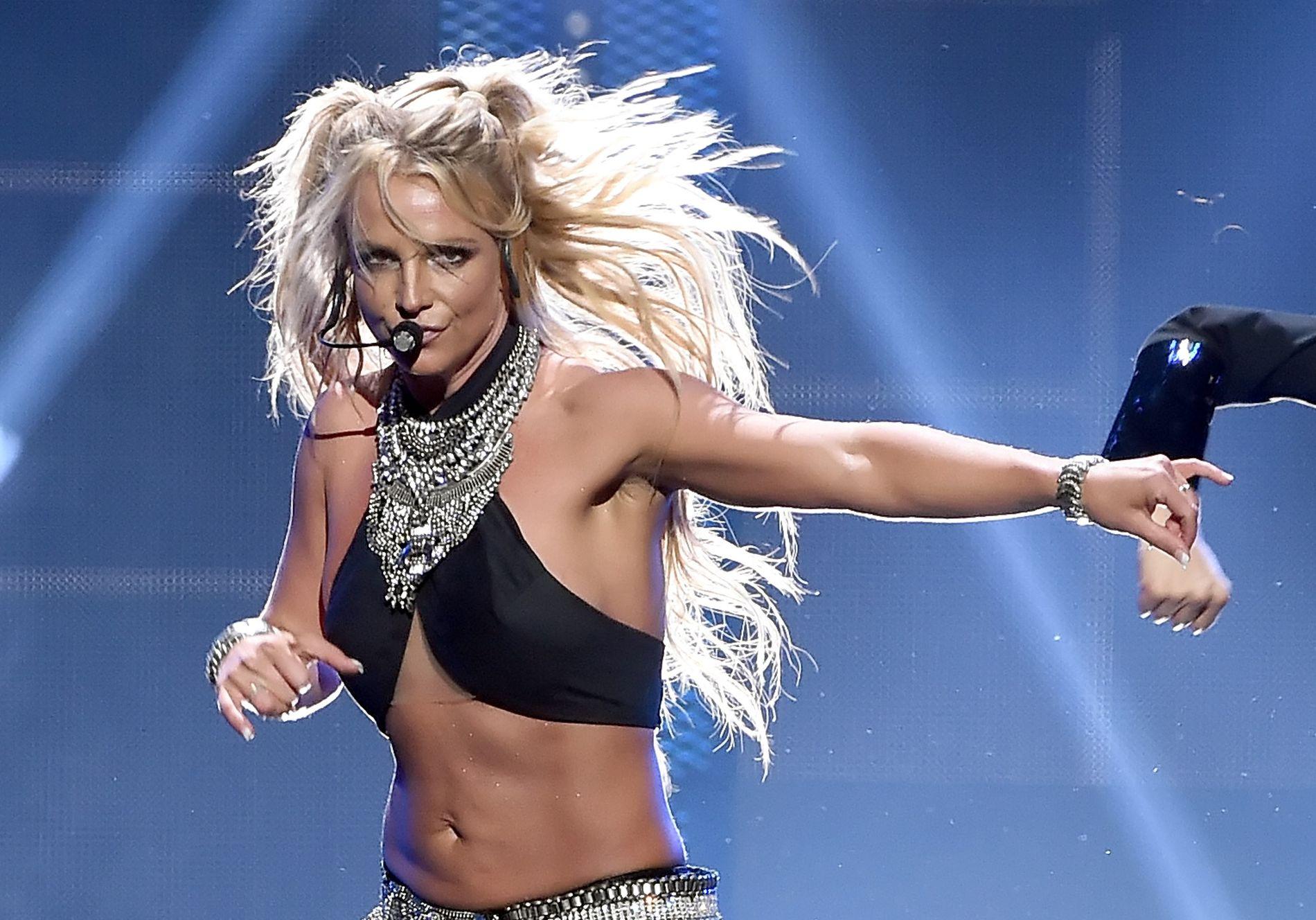 FESTIVAL: Britney Spears opptrer på iHeartRadio Music Festival på T-Mobile Arena i Las Vegas i september 2016.