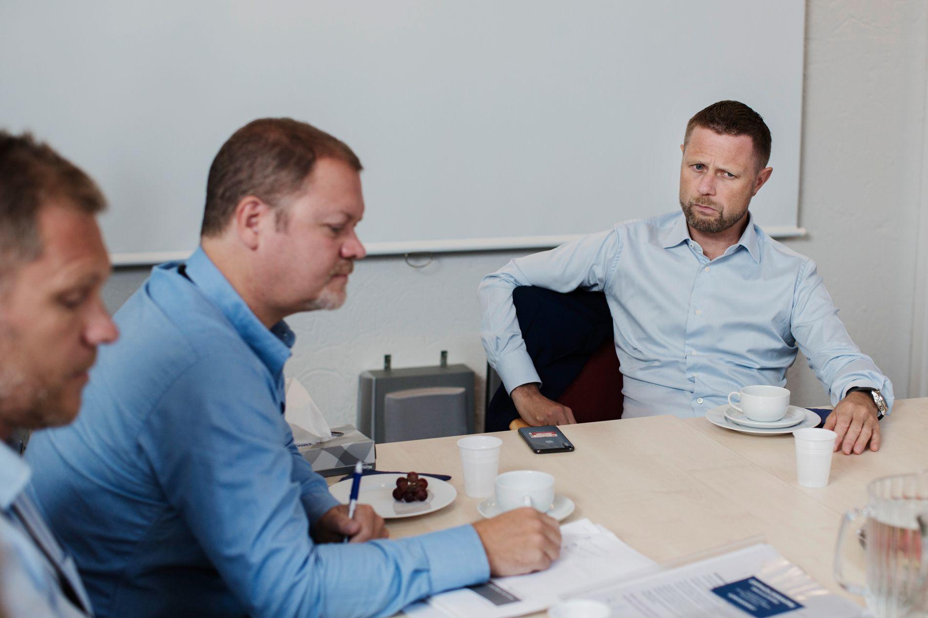MÅ TA GREP: Å møte pasientene ansikt til ansikt vil redusere antall avviste pasienter, mener helseminister Bent Høie. Psykisk helsevern blir ett av hovedtemaene i Nasjonal Helse- og sykehusplan, som skal legges fram høsten 2019.
