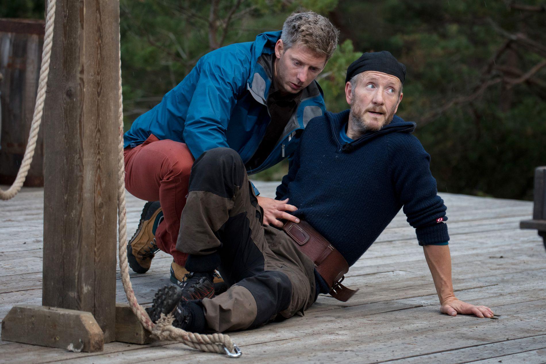 «PREDIKANTEN»: Geir Magne Haukås, her med Gaute Grøtta Grav etter å ha tapt tvekampen, var en ivrig Bibel-underviser på gården.