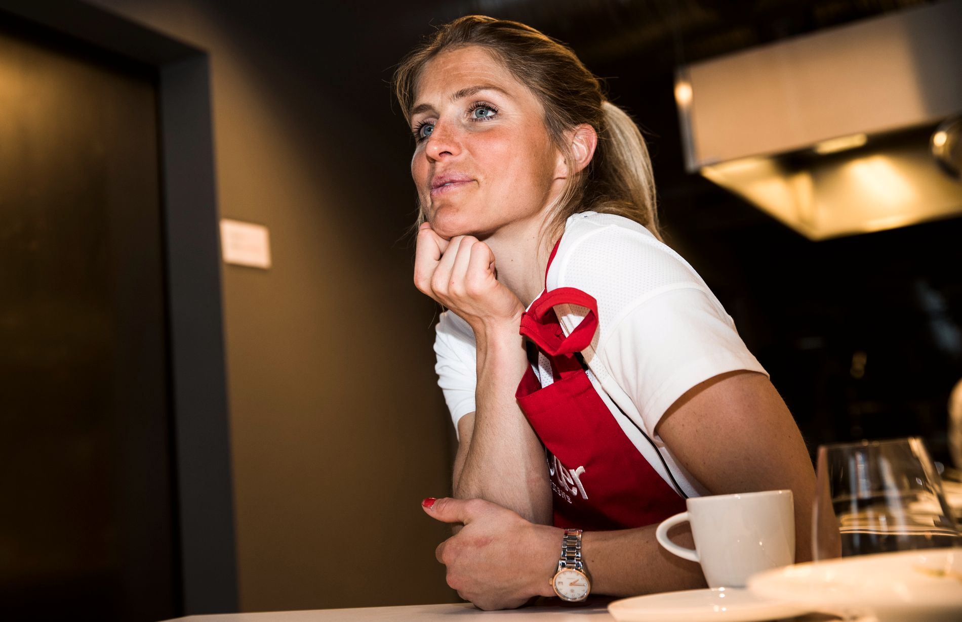 I SVEITS: Therese Johaug dro til Sveits søndag kveld. Tirsdag venter dopinghøringen i CAS, hvor hun får endelig dom. Bildet er fra et VG-intervju med langrennsstjernen i Oslo i mai.
