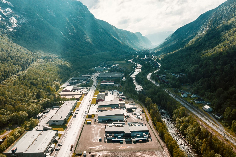 STOR FORDEL: Rjukans rikelige tilgang på vannkraft og kalde klima gjør at Volkswagen valgte stedet til sitt nye datasenter.