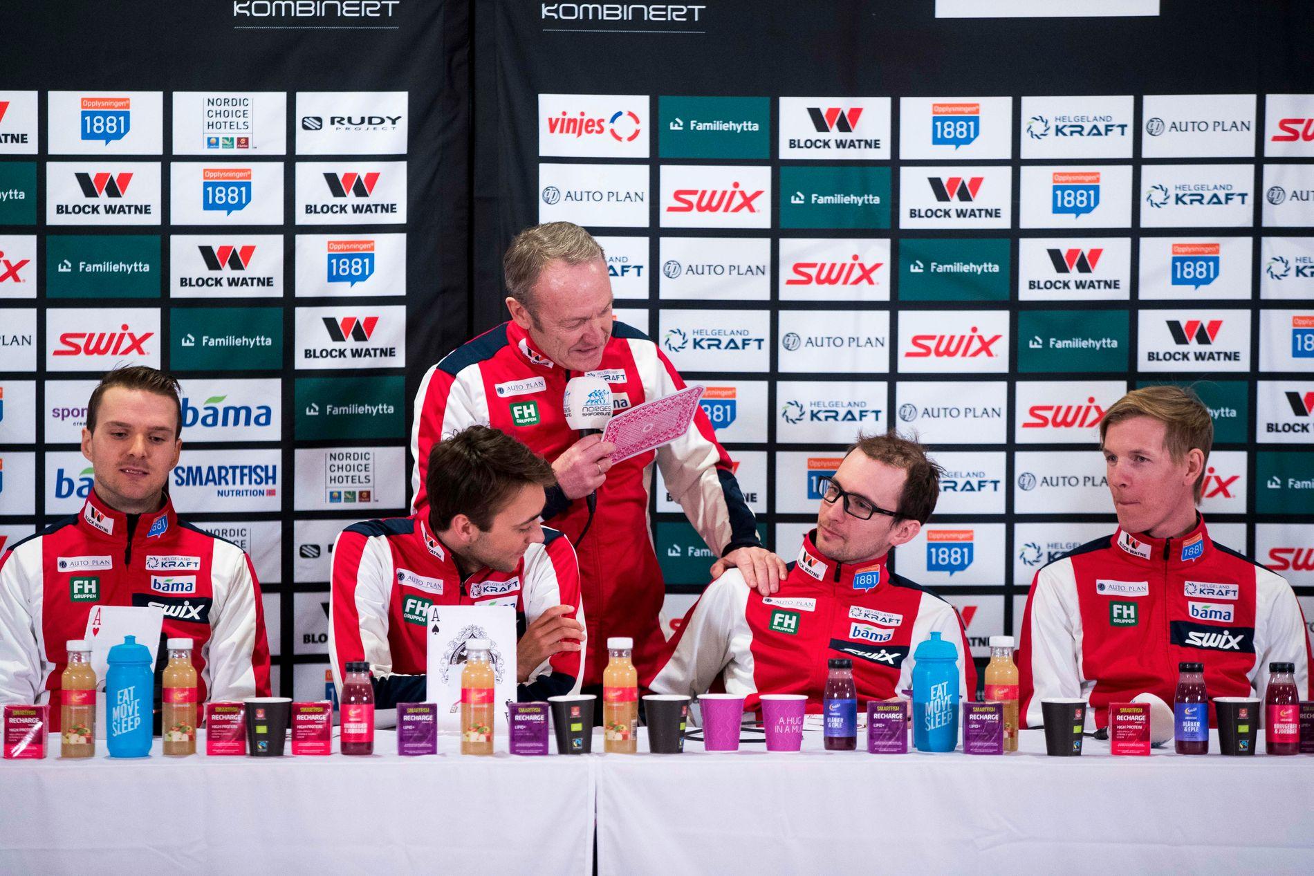 Sportssjef Ivar Stuan sammen med Jørgen Graabak t.v., Jarl Magnus Riiber, Jan Schmid og Magnus Krog tidligere i uken.