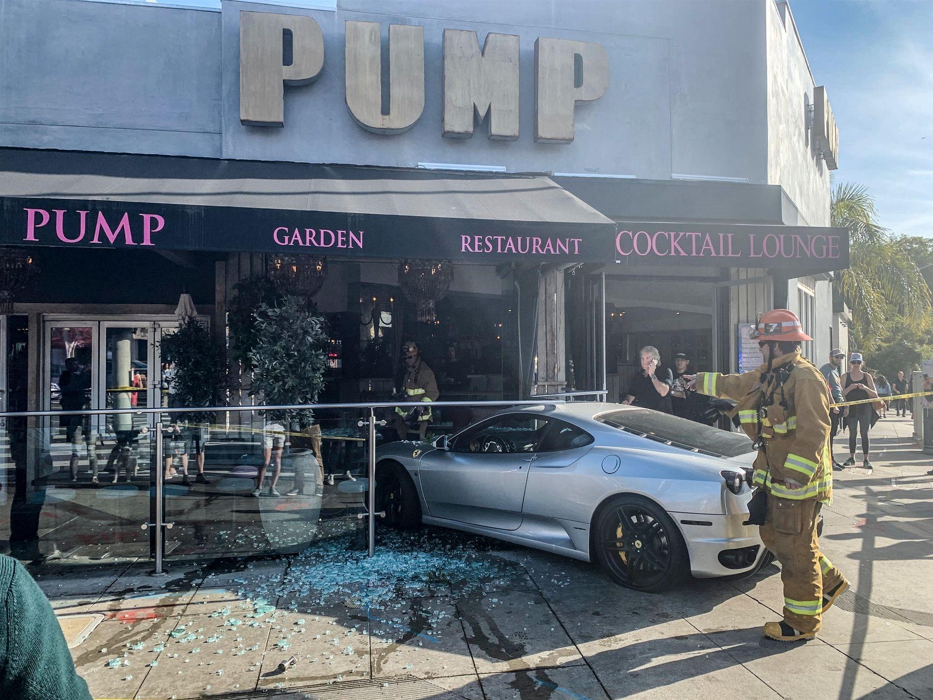 Fikk Ferrari i restauranten