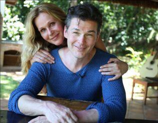 MOBBET: Morten Harket møtte Dorthe Skappel i Rio de Janeiro i januar 2012.Foto: TV 2