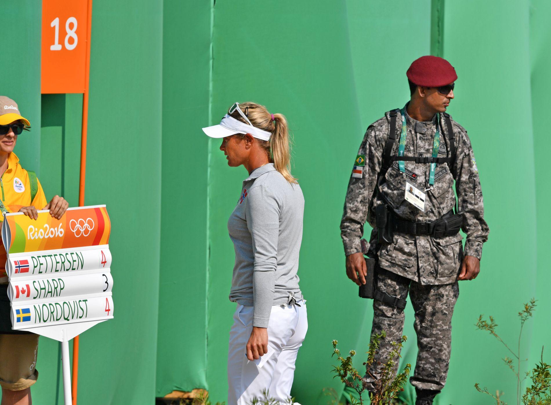 OPP OG NED: Suzann Pettersen gikk fantastisk på den første halvdelen av fredagens runde. Men så kom problemene...