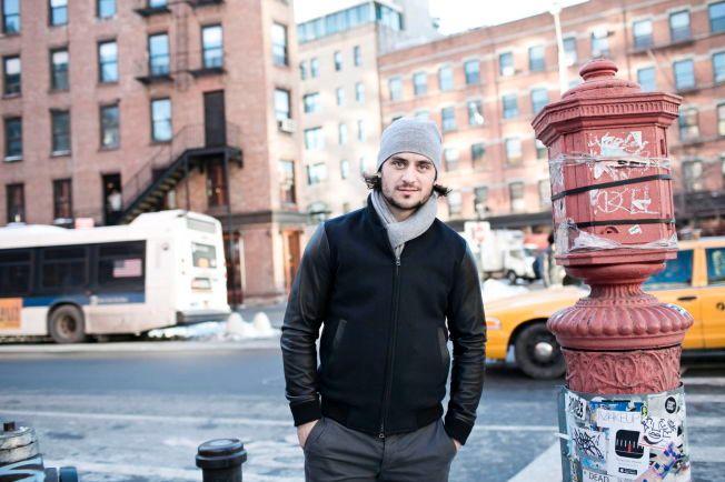 NEW YORK-GUTT: Mats Zuccarello fotografert i New York sist vinter.