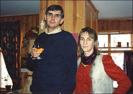 110863e2 STRØMMEN (VG) Etter 25 års ekteskap brøt Maria Bjerkvik (50) med mannen  Johan (53). Noen måneder senere ble hun drept.