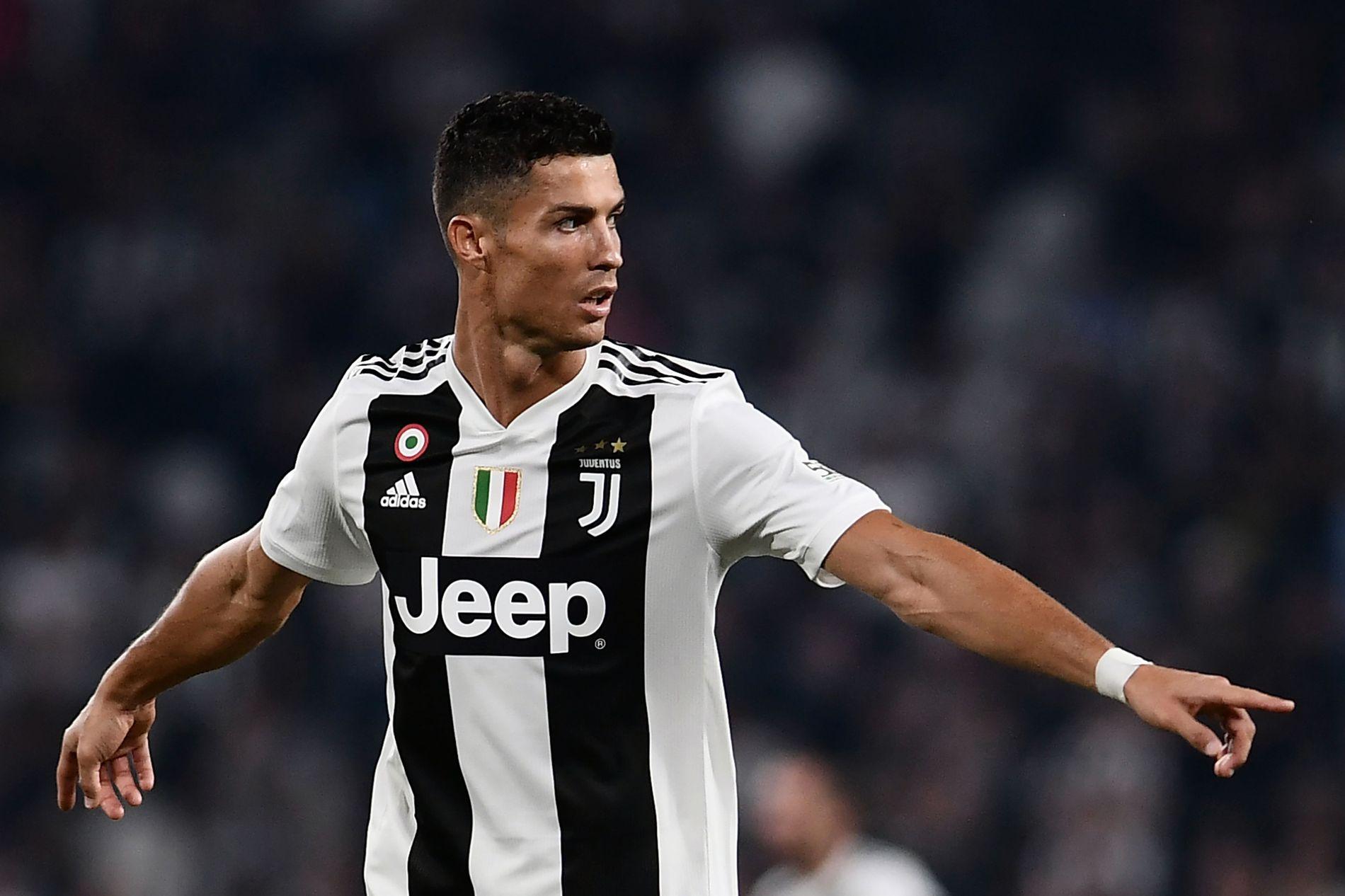 SLÅR TILBAKE: Cristiano Ronaldos advokater hevder at det er spredd falske dokumenter hvor fotballstjernen  kommer med innrømmelser om den påståtte episoden med  Kathryn Mayorga.