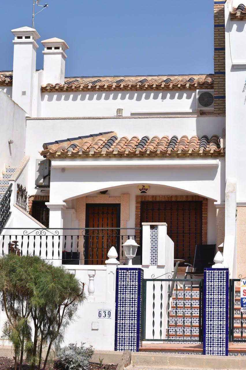 «BEHANDLINGSENHET»: Denne leiligheten i Villamartin på Costa Blanca i Spania kjøpte stiftelsen for 1,3 millioner kroner, ifølge regnskapene. I det spanske eiendomsregisteret er Per Oluf Svendsen og kona hans oppført som eiere.