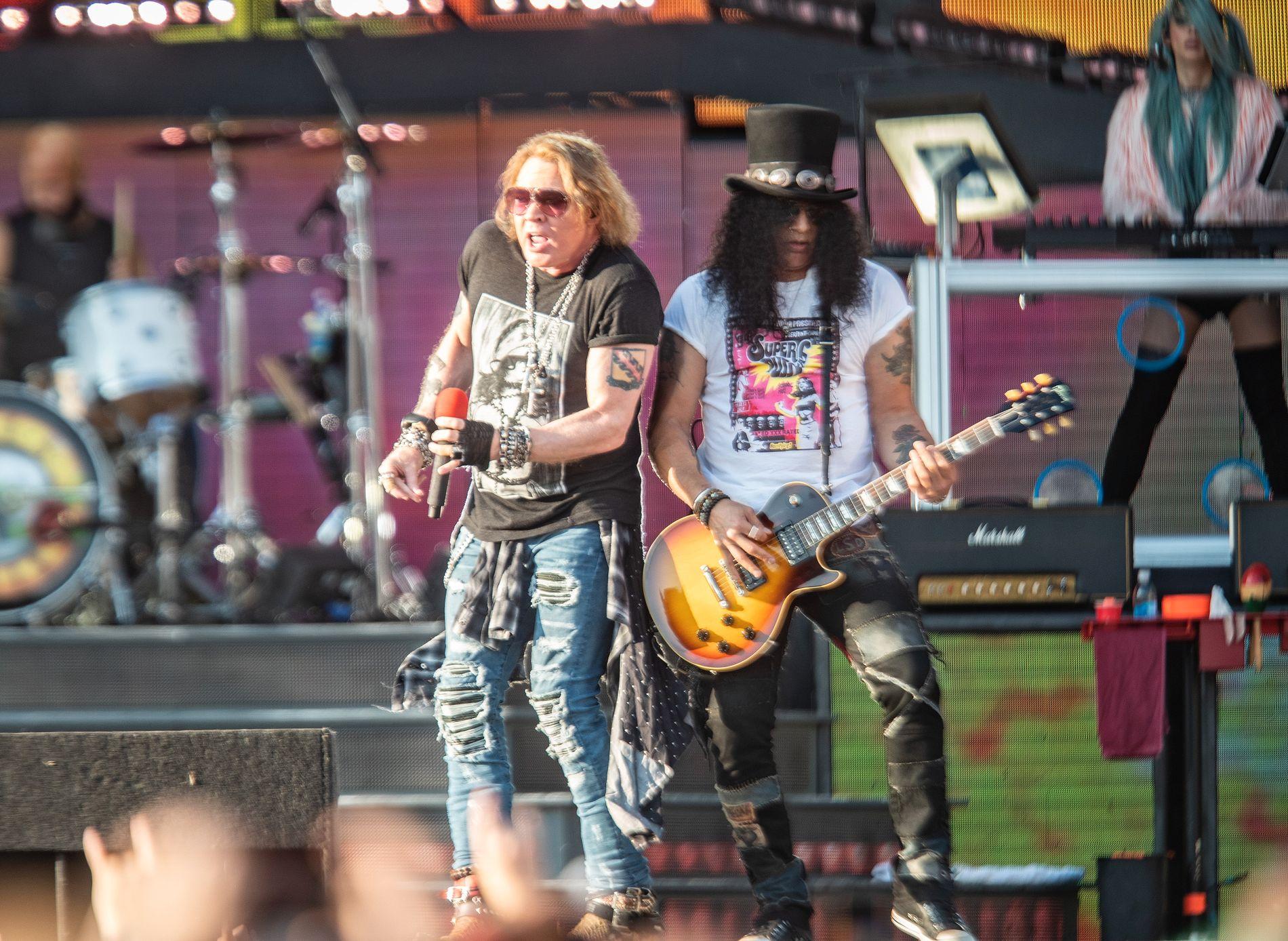 UTSOLGT: Guns N' Roses spilte for en smekkfull stadion da de inntok Valle Hovin i Oslo for torsdagens konsert.