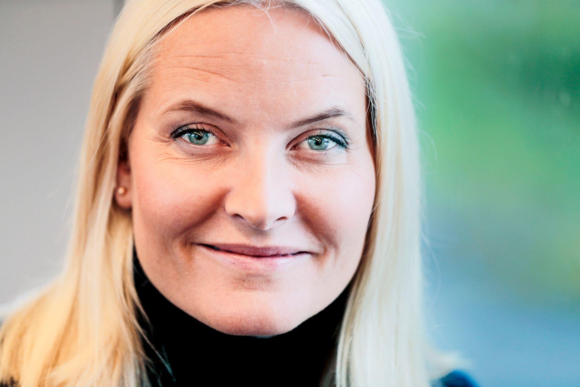GIR UT BOK: Kronprinsse Mette-Marit gir ut bok på Aschehoug forlag til høsten.
