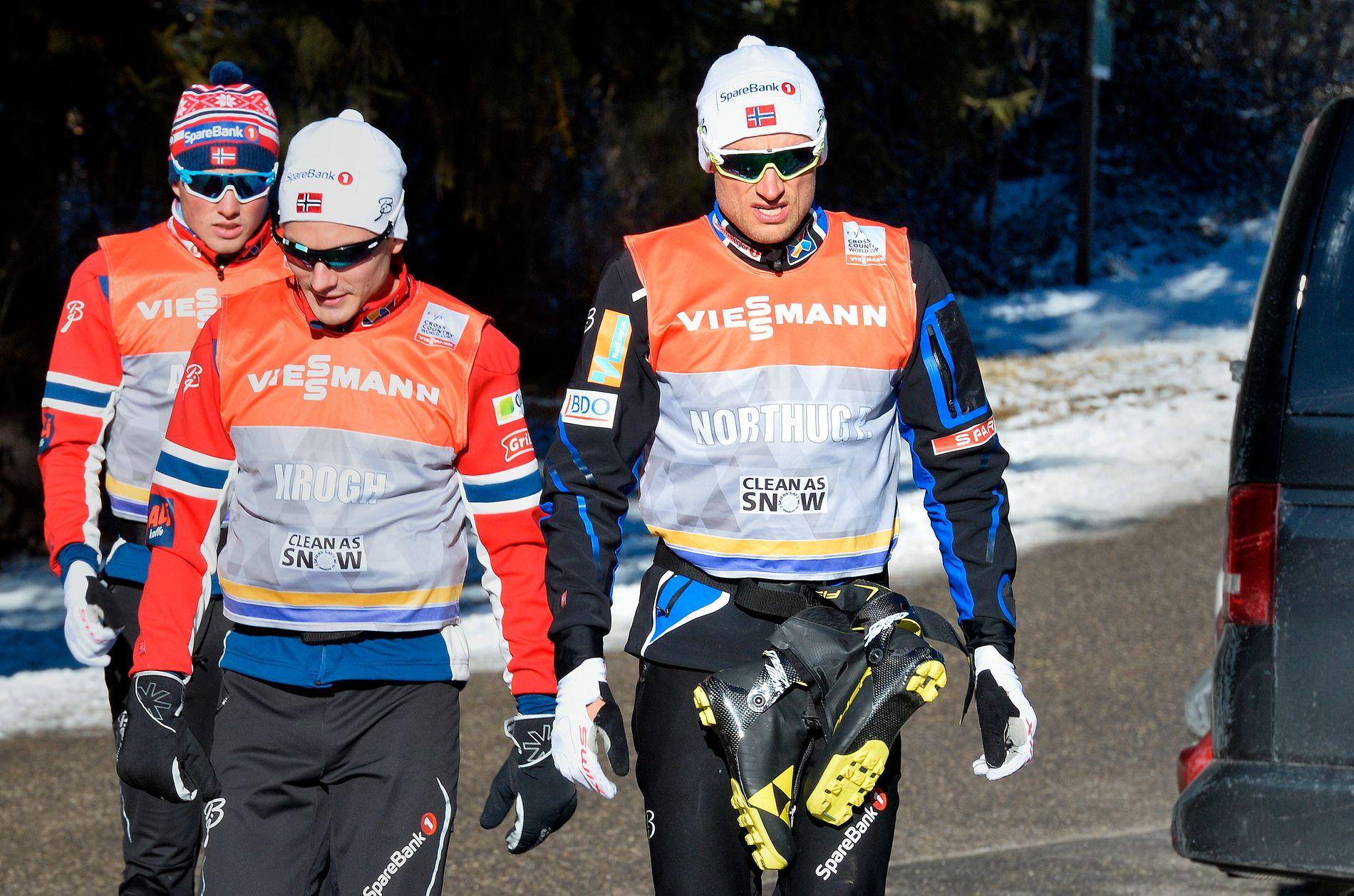 TUNG SESONGSTART: Petter Northug til høyre og Finn-Hågen Krogh, her under en hviledag i Tour de Ski januar 2016.