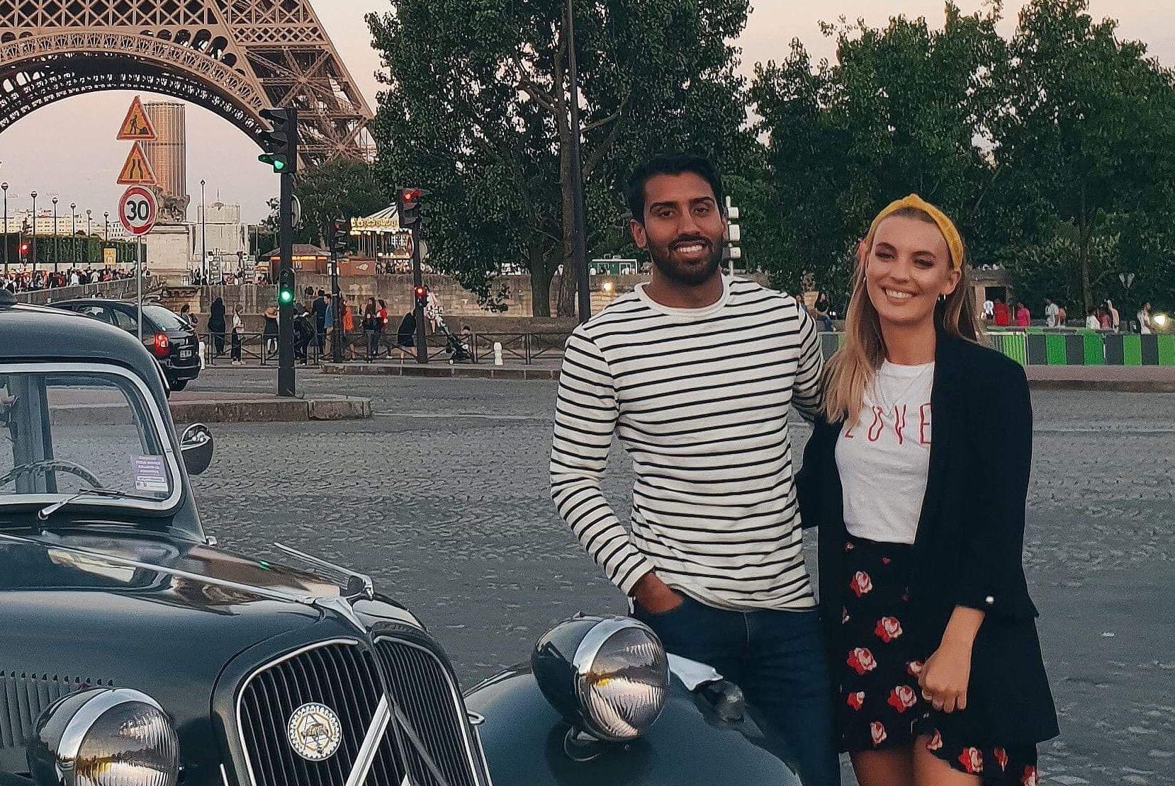 PAR: Ali Ahmad og Connie Slorbak Damdalen foran Eiffeltårnet i Paris torsdag.