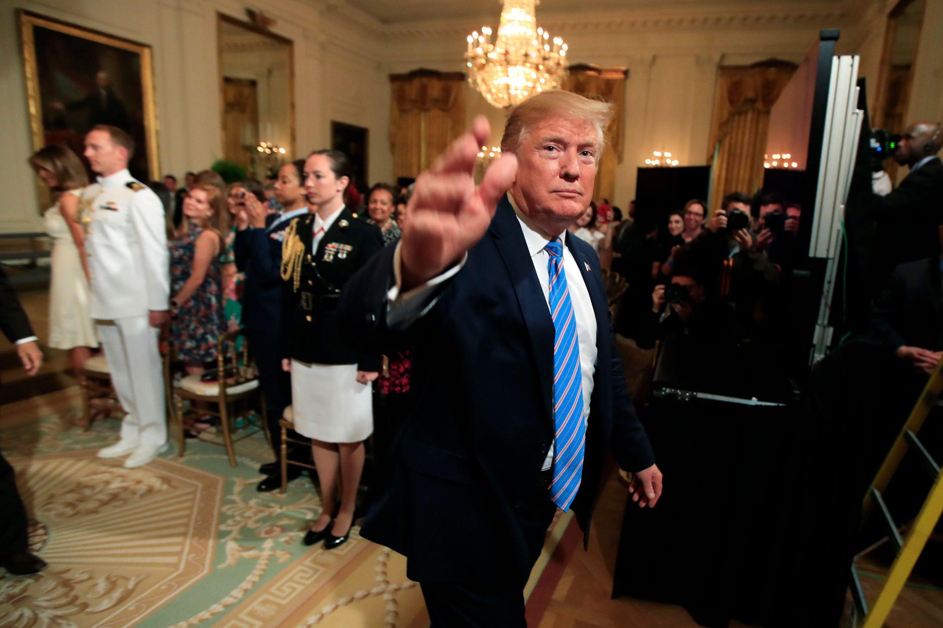 FEIRET MILITÆR-MØDRENE: Donald Trump holdt torsdag en markering for å hylle mødrene til landets militære i Det hvite hus.