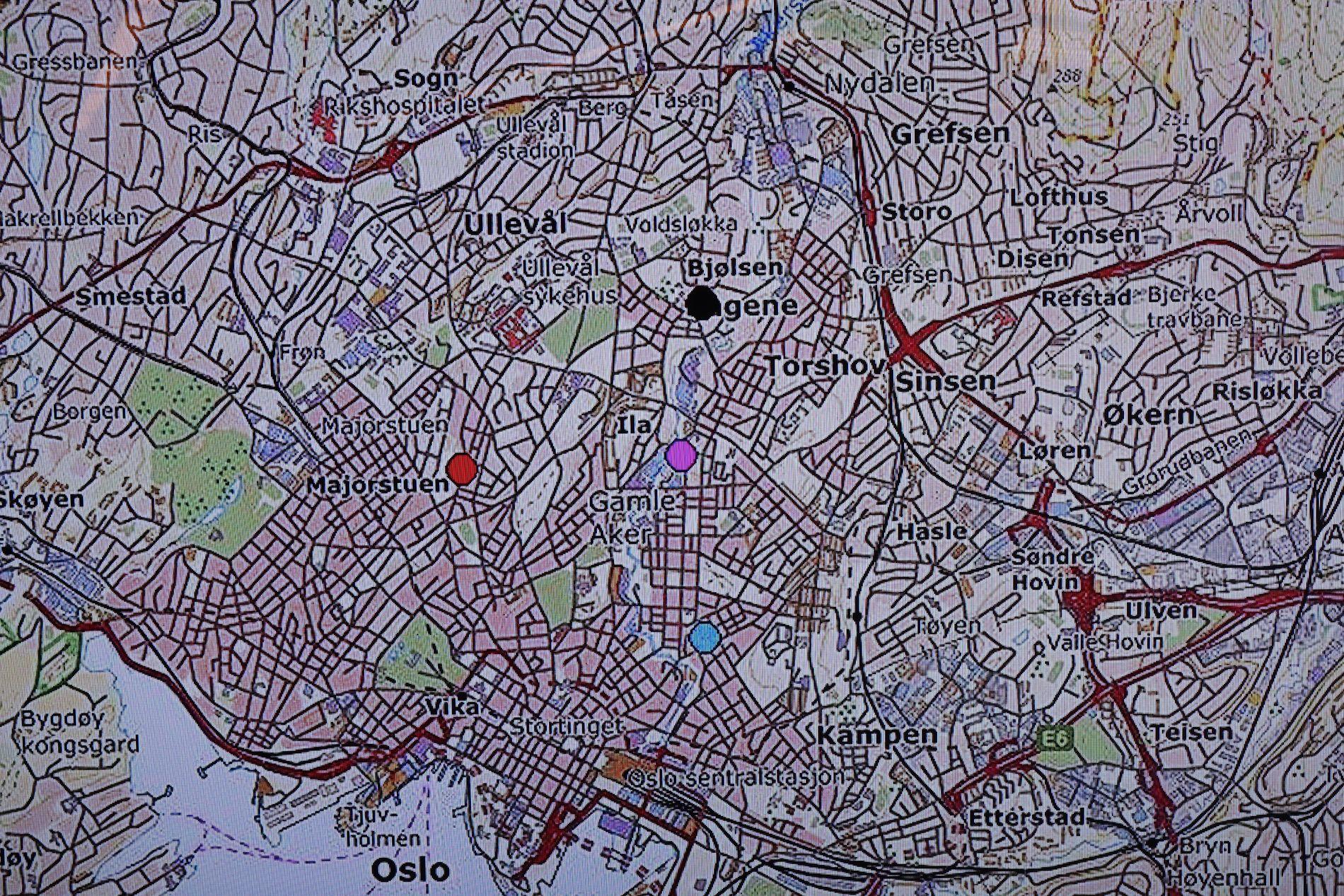 ÅSTED: Politiet har markert på et kart hvor de fleste overfallene har skjedd.