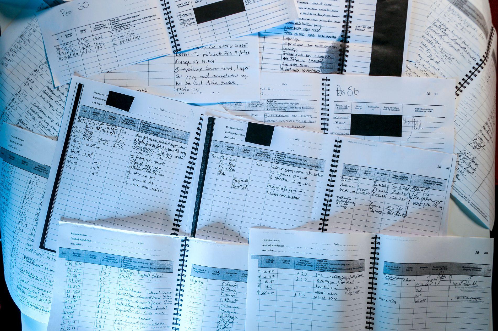 HÅNDSKREVET: Inntil det nye datasystemet er på plass må fortsatt informasjonen om bruk av tvangsmidler noteres med penn og papir.