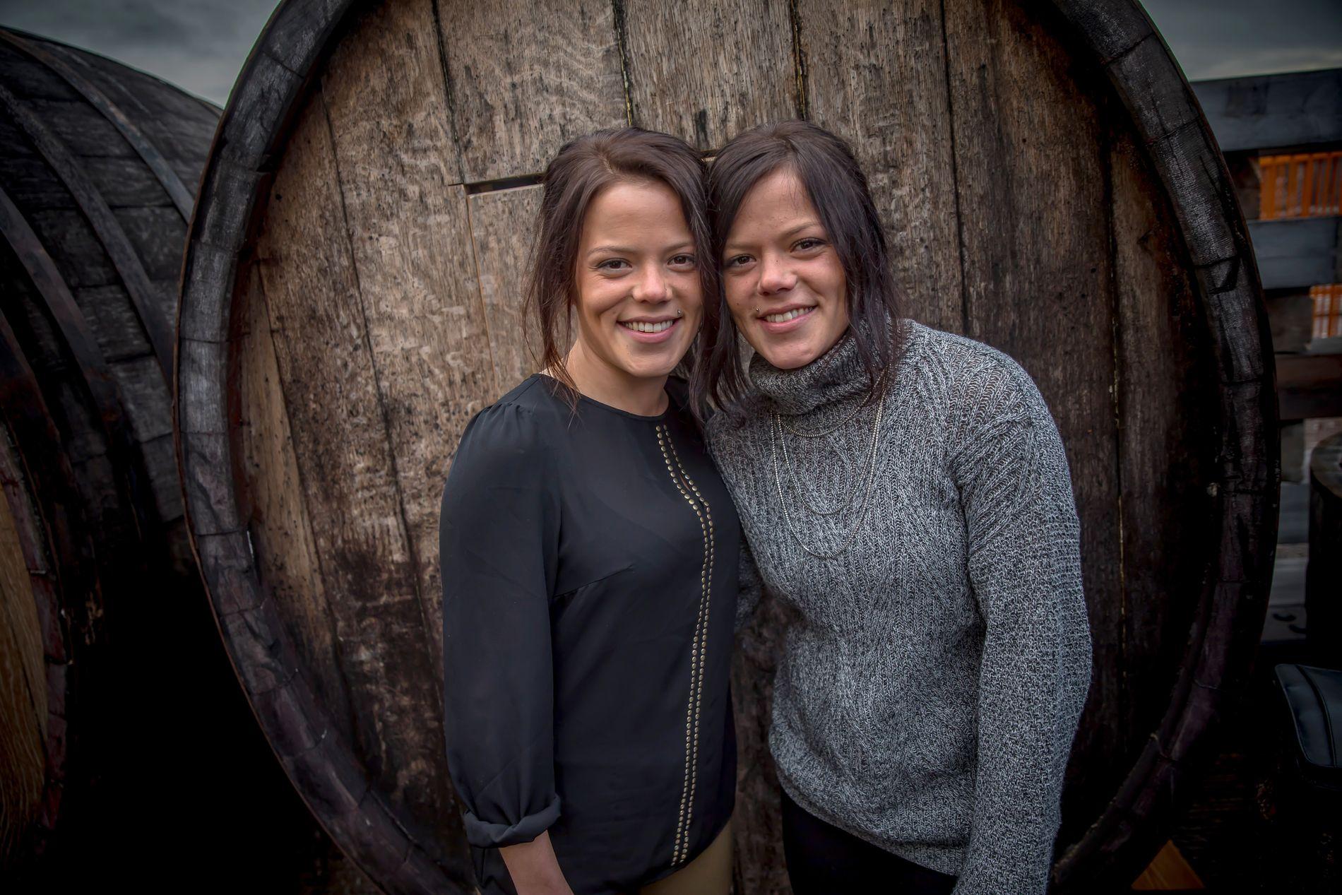 BYR PÅ FØLELSER: Kristine og Johanne Thybo Hansen viser nye sider av seg selv i sin nye TV-serie.