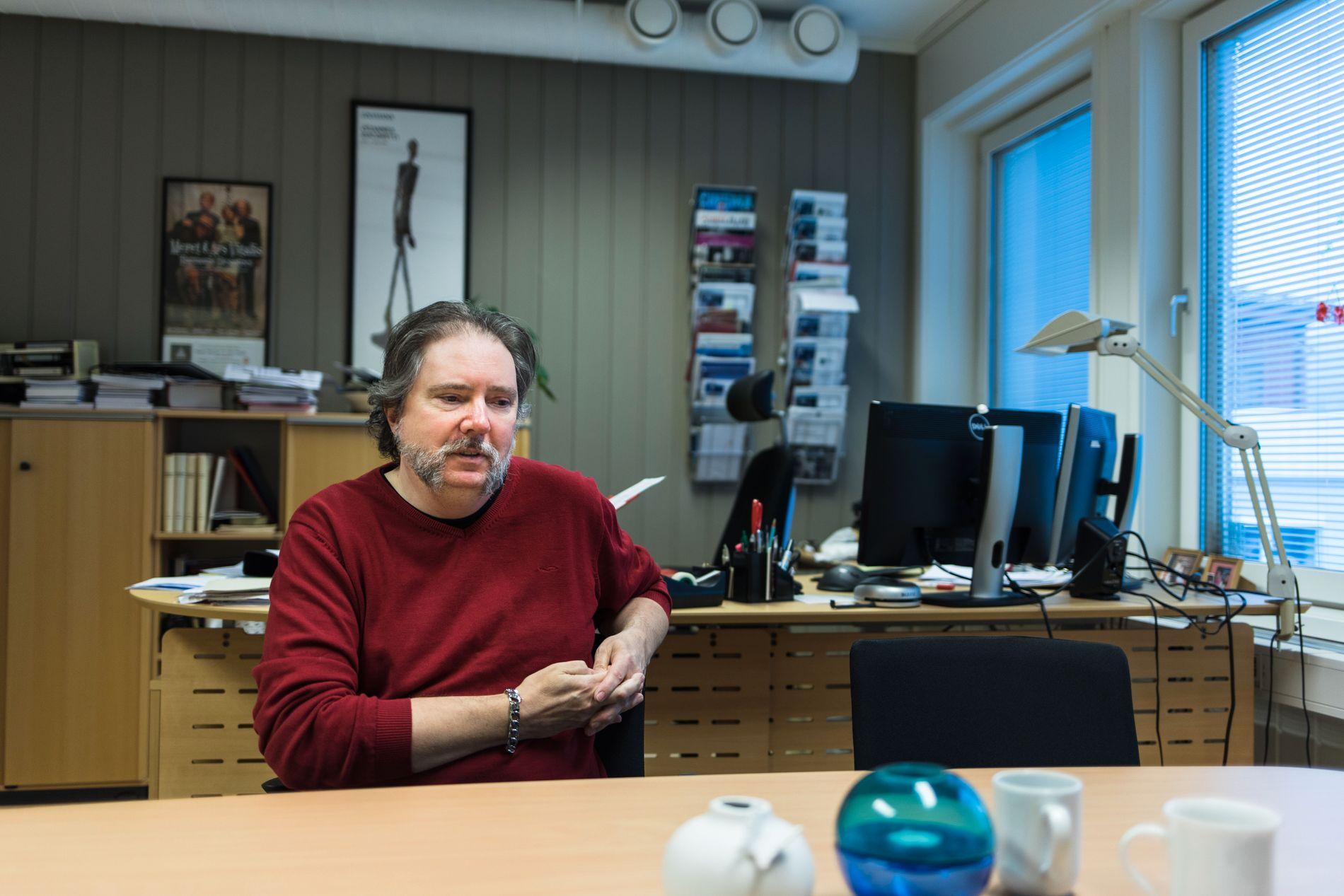 MÅTTE BETALE: Påtroppende kommunalsjef Frode Fossbakken sier det var sure penger da Øyer kommune måtte betale 25 prosent av inntektsøkningen til konsulentselskapet.