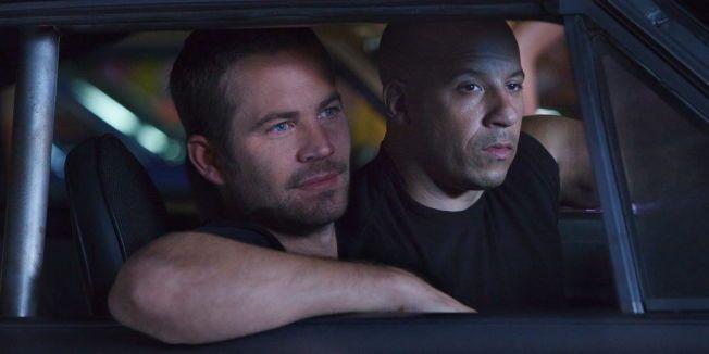 VENNER: Paul Walker og Vin Diesel i aksjon i «Fast & Furious 5» fra 2011.