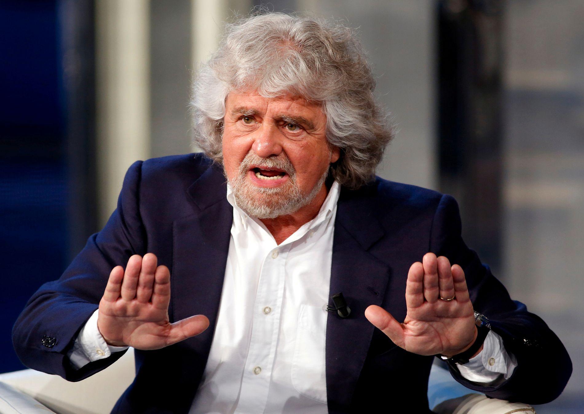 KOMIKER OG POLITIKER: Beppe Grillo var komikeren som skrev en blogg og ble politiker. Nå er han eneleder i Femstjernersbevegelsen.