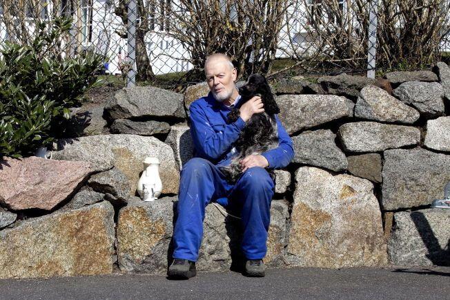 HELDIG: Sigmund Birkeland føler seg heldig som har fått teste en ny, norsk kreftmedisin. I januar fikk han sin siste sprøyte. Hjemme i Sandefjord kan han konstatere at formen er bedre.
