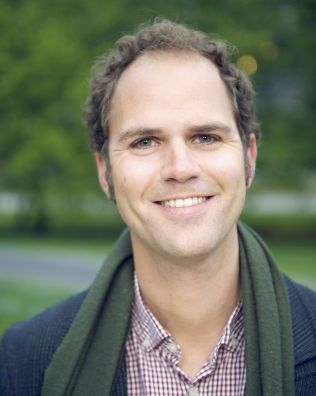 TENKER GRØNT: Partisekretær i Miljøpartiet De Grønne, Lars Gaupset, mener lokale valutaer vil øke salg av kortreist mat og bidra til mer bærekraftige byer.